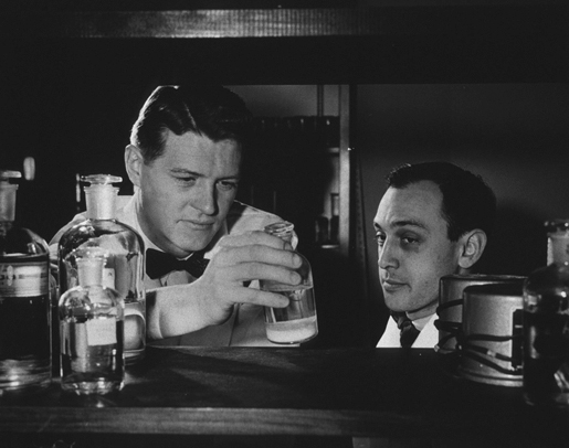 Christian Anfinsen and Daniel Steinberg in the laboratory