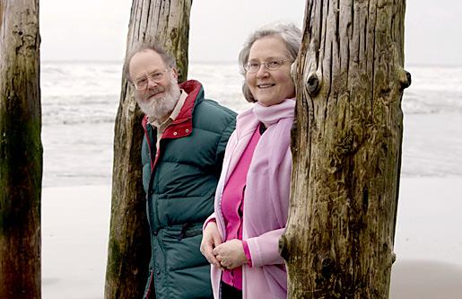 Professor Elizabeth Blackburn and her husband Professor John Sedat on the beach