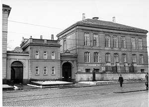 Norwegian Inst. building