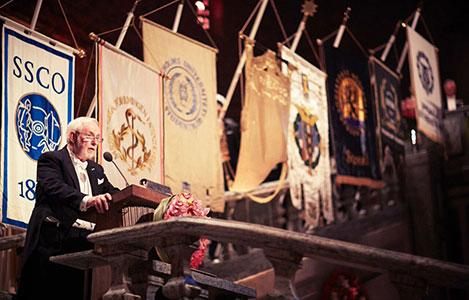 Arthur B. McDonald delivering his banquet speech.