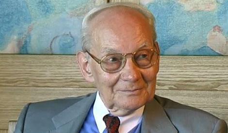 Manfred Eigen during the interview