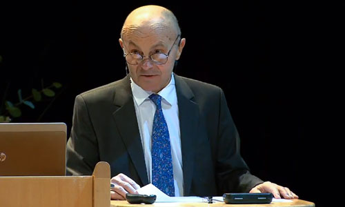 Eugene F. Fama delivering his Prize Lecture