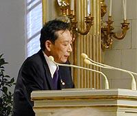Gao Xingjian delivering his Nobel Lecture