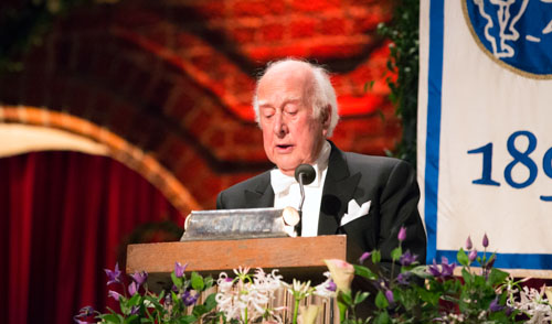 Peter Higgs delivering his banquet speech