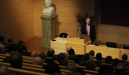 Jules A. Hoffmann delivering his Nobel Lecture in the Jacob Berzelius Lecture Hall at Karolinska Institutet