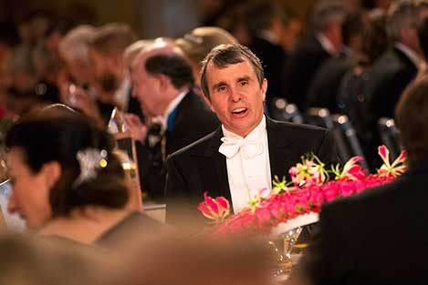 Eric Betzig at the table of honour.