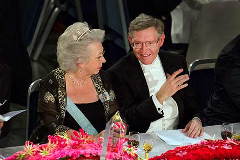 Princess Christina of Sweden and William E. Moerner at the table of honour at the Nobel Banquet, 10 December 2014.