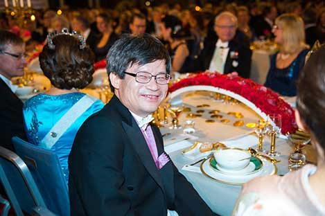Hiroshi Amano at the table of honour.