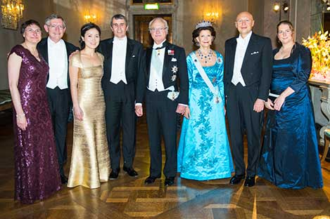 The Swedish Royal Family receive the Laureates and their significant others in the Prince's Gallery after the Nobel Banquet. From left to right: Dr Sharon Stein Moerner, Nobel Laureate William E. Moerner, Dr Na Ji, Nobel Laureate Eric Betzig, His Majesty King Carl XVI Gustaf of Sweden, Her Majesty Queen Silvia, Nobel Laureate Stefan W. Hell and Professor Anna Kathrin Hell.