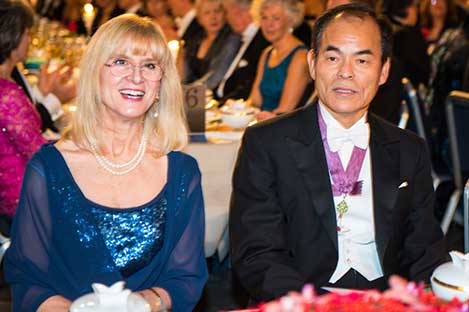 Shuji Nakamura and Professor Evi Heldin at the table of honour.