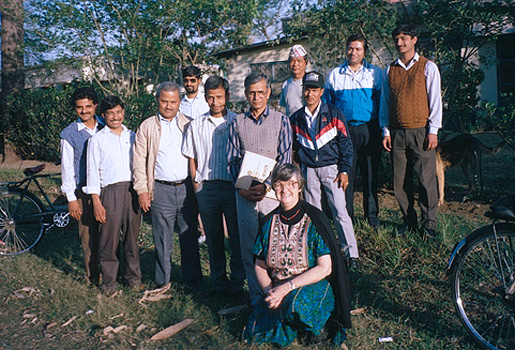 Elinor Ostrom with members of the IMSSG in Nepal