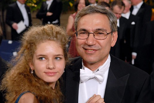 Pamuk and daughter