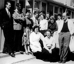 Perutz with colleagues