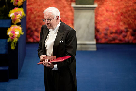 Tomas Lindahl after receiving his Nobel Prize at the Stockholm Concert Hall