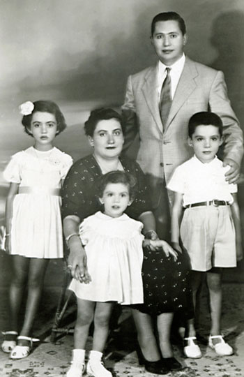 The Pissarides family in 1953