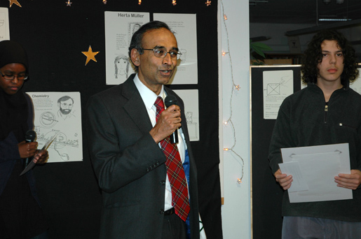 Venkatraman Ramakrishnan during a visit to Rinkeby School