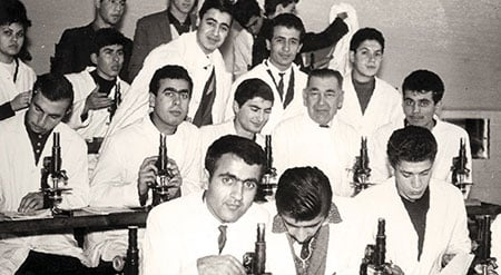 Aziz with his medical school histology class