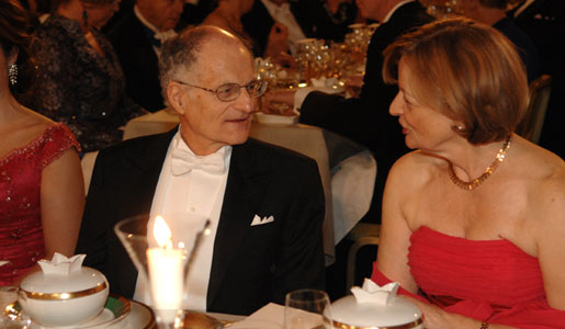 Thomas J. Sargent and Dr Danièle Hoffmann, wife of Medicine Laureate Jules A. Hoffmann, at the Nobel Banquet