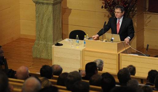 Michel C. Nussenzweig delivering a Nobel Lecture on behalf of the late Ralph M. Steinman