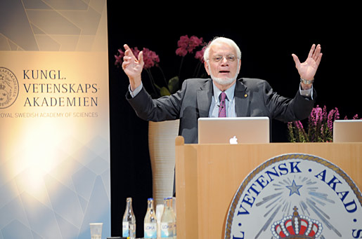 Thomas A. Steitz delivering his Nobel Lecture