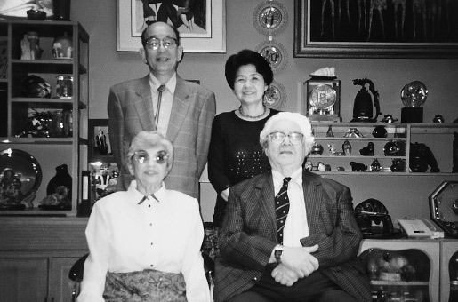 With Professor and Mrs. Brown at their home in Indiana (USA), June 1995.