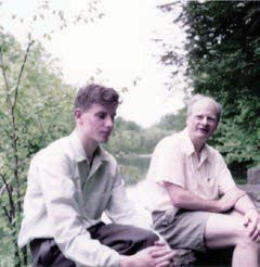 Hans Bethe and David Thouless on a picnic, May 1958.