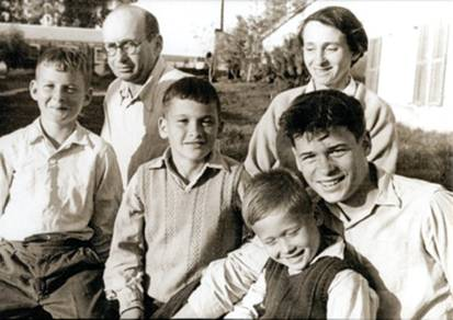 Arieh, right, from top, his father, Zvi and mother, Rachel, from left to right Arieh's brothers Yigal, Abraham and Benjamin.
