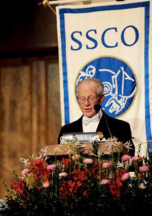 Oliver E. Williamson delivering his banquet speech