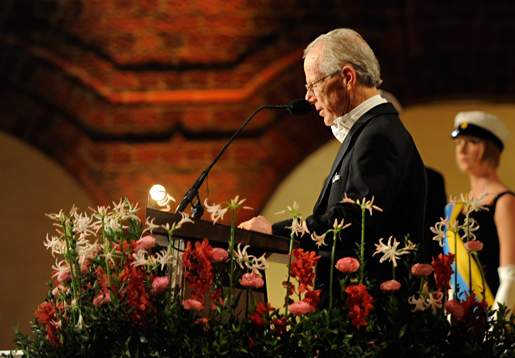 Oliver E. Williamson delivers his Banquet speech