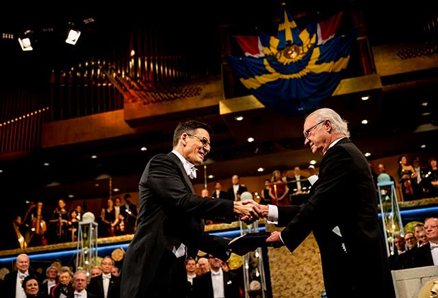 Didier Queloz receiving his Nobel Prize
