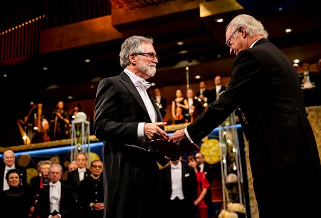 Gregg L. Semenza receiving his Nobel Prize