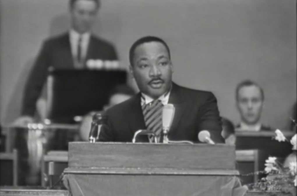 Martin Luther King Jr. giving his acceptance speech