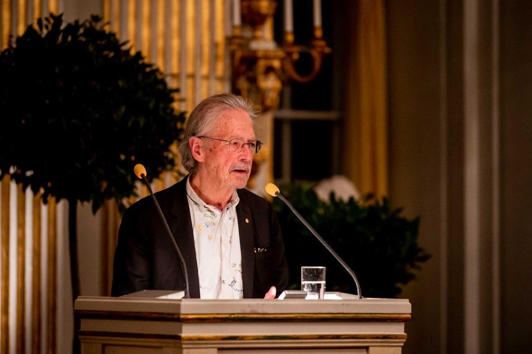 Peter Handke delivering his Nobel Lecture