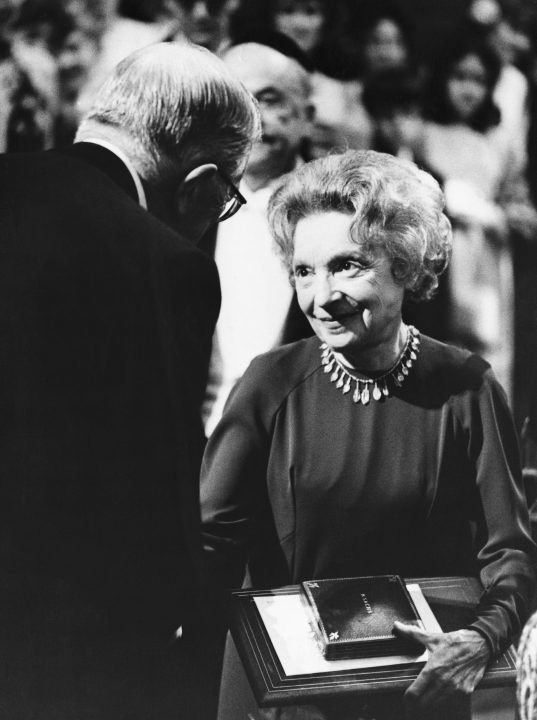 Literature laureate Nelly Sachs receiving her Nobel Prize